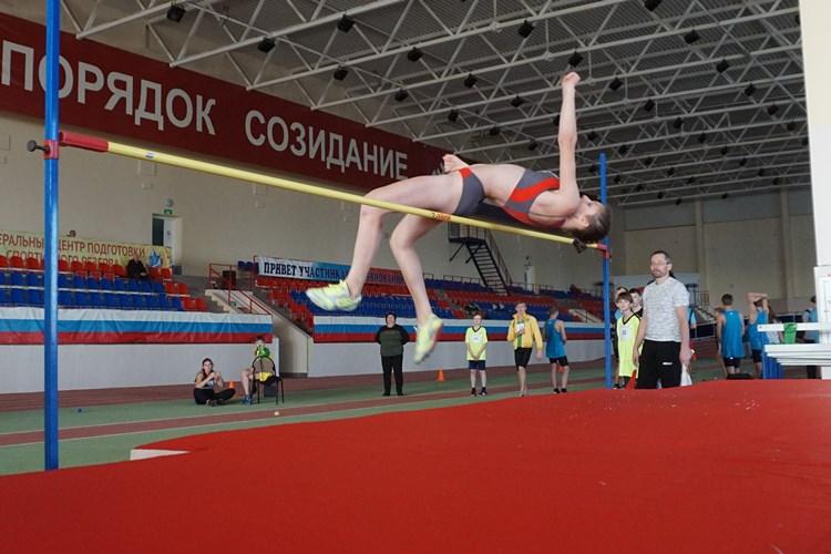 В Мордовии проходят Всероссийские соревнования по легкой атлетике спорт ЛИН в закрытых помещениях