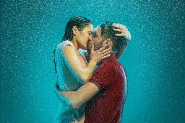 """💔 10 Причин, почему ваши отношения могут """"Закиснуть"""" 😥"""