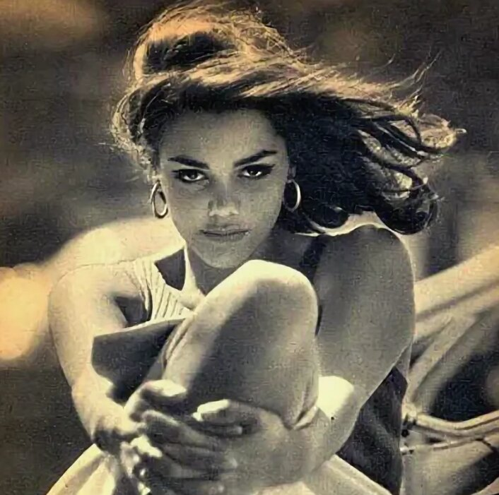 "Актриса Тинто Брасса - Тина Омон, жизнь которой муж описал как ""Сошествие в ад""."